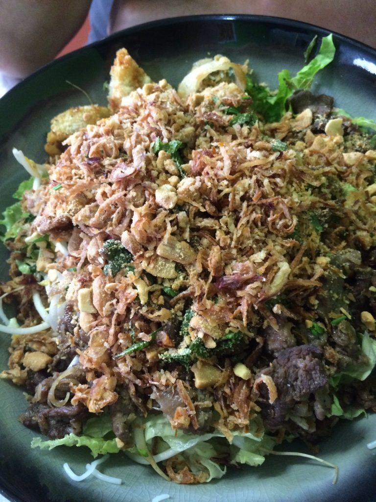 Bo Bun : salade vietnamienne de vermicelles de riz au bœuf sauté