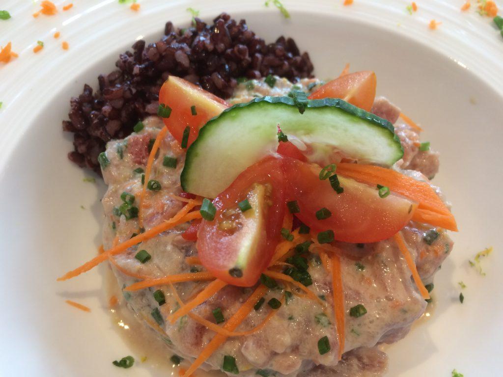 Poke bowl (poisson à la tahitienne)